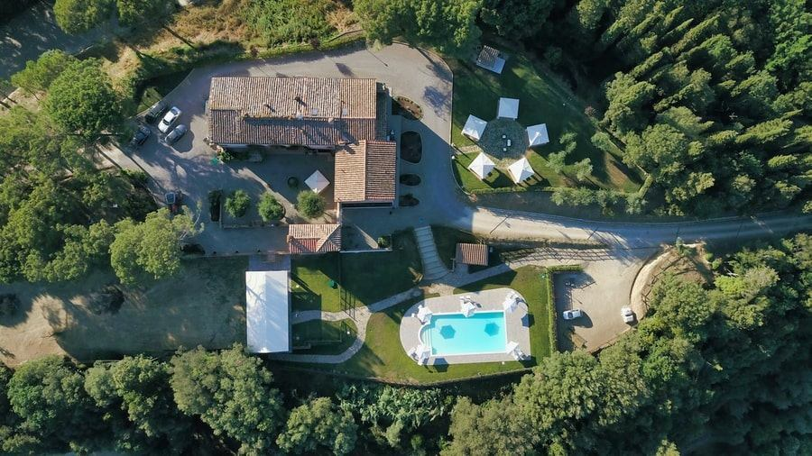 Agriturismo Tenuta i Mandorli - una villa immersa nella campagna toscana