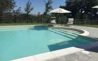 Agriturismo Tenuta i Mandorli - una villa con piscina nella campagna toscana